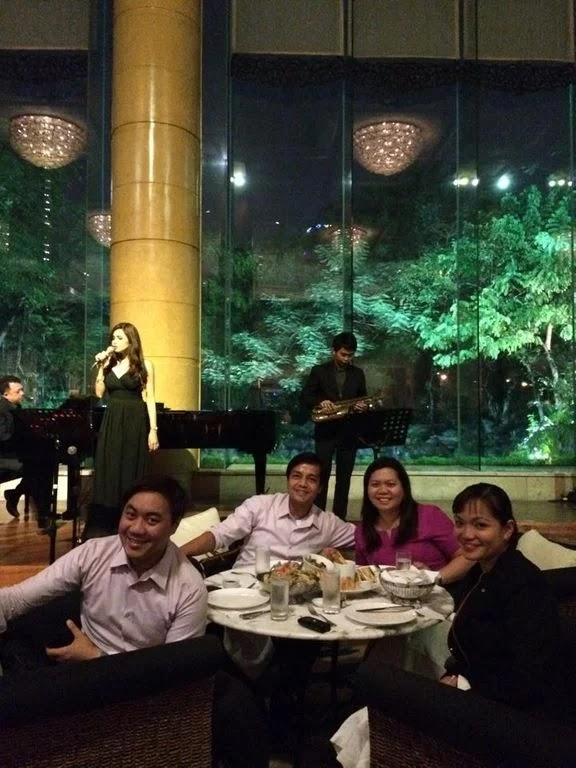 Enjoying the food and the music at the Lobby Lounge of Makati Shangri-La