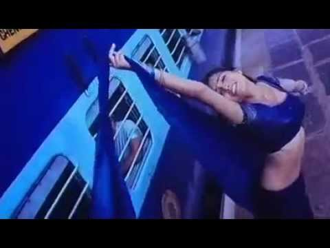 Shreya saran hot sexy naval pic in Mazhai song