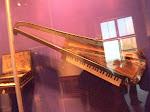 The worlds first Keytar