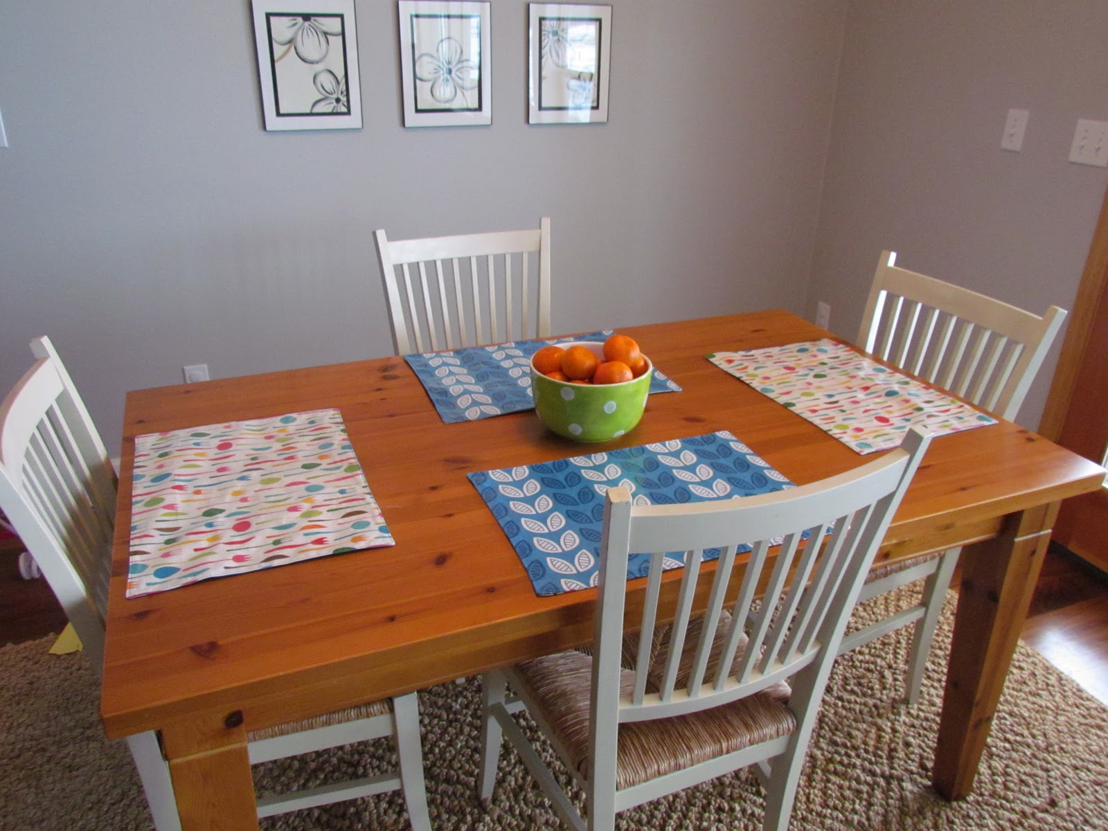 little bean workshop wipeable and reversible placemat tutorial