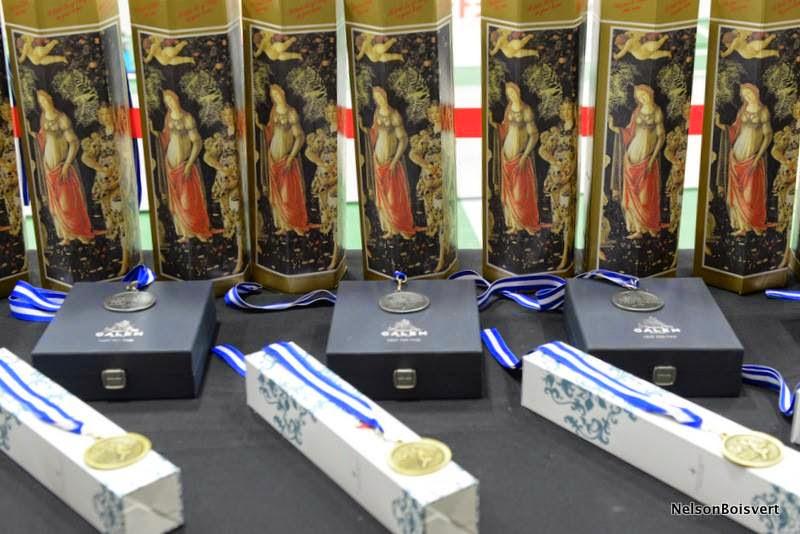 Championnat QC senior 2014 - Medailles.jpg