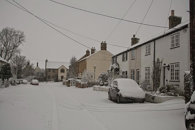 Woodhurst In the Snow - February 2009 - picture37.jpg