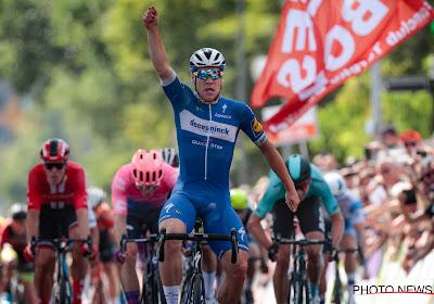 Jakobsen schiet raak na een bloedstollende sprint in de Ronde van Spanje