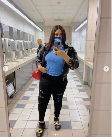 Fans attack Nollywood actress Nkechi Blessing's for going out with out putting on bra. (Photos)