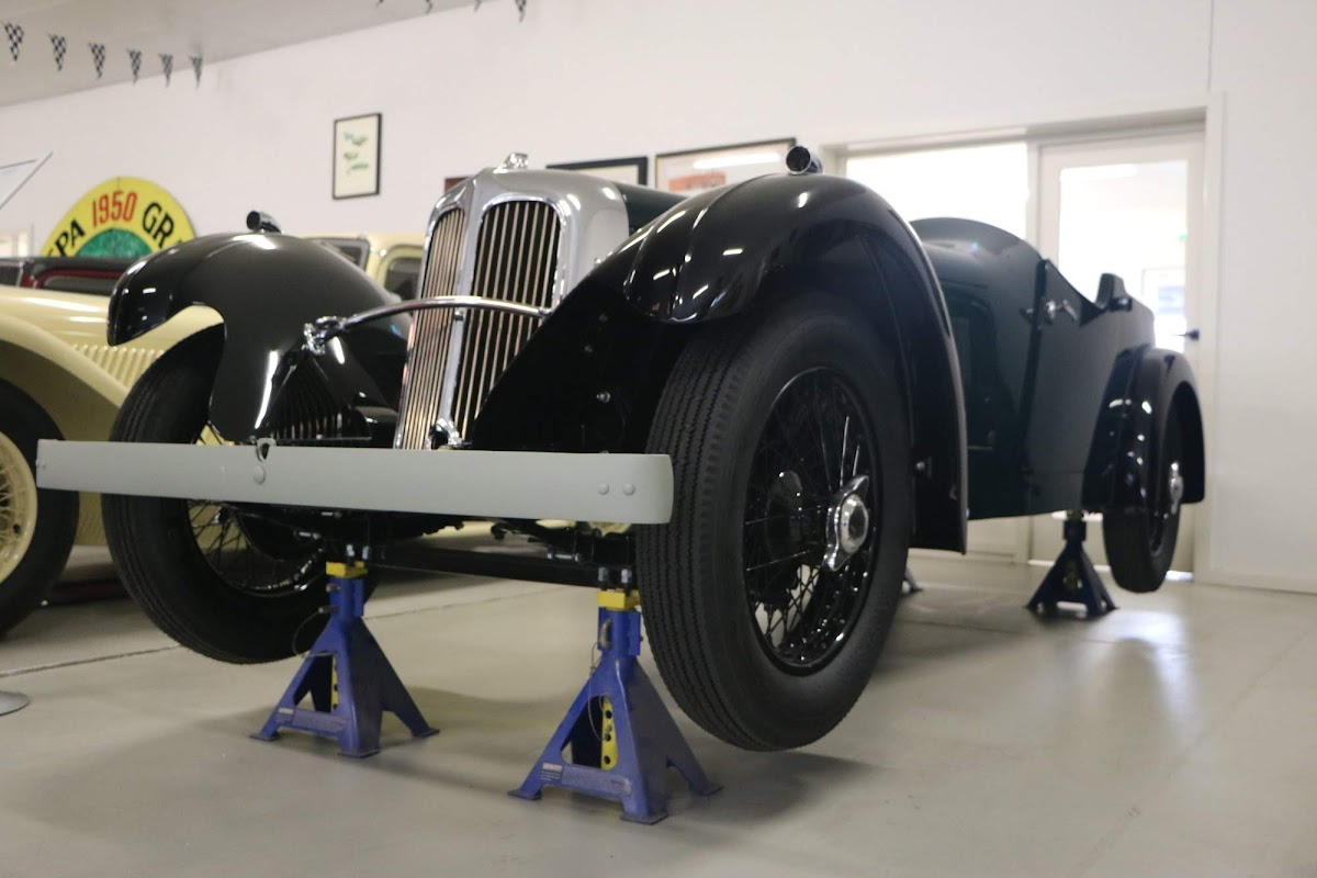 Carl_Lindner_Collection - 1934 SS1 Roadster  08.jpg