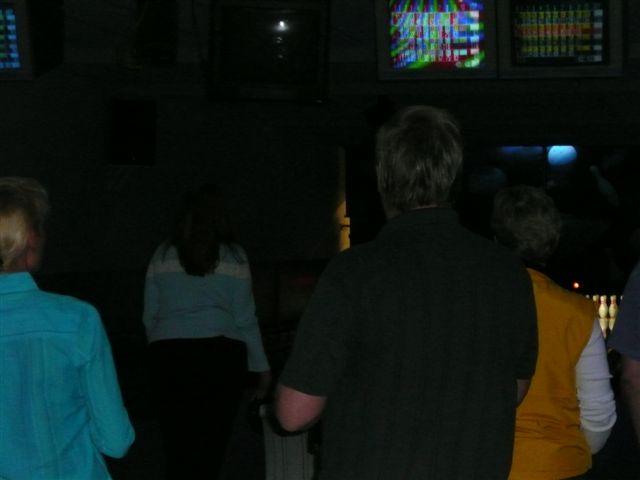 2008 Bowling & Bonfire - P1000022.JPG