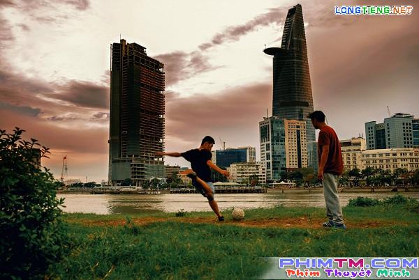 Huyme trở thành cầu thủ bóng đá điển trai trong phim điện ảnh Sút - Ảnh 4.