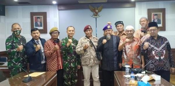 Eks Staf Ahli Panglima TNI: Dik Jokowi Lebih Baik Mundur Demi Keselamatan NKRI