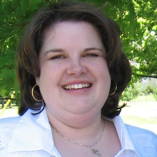 Angela Hays Photo 18
