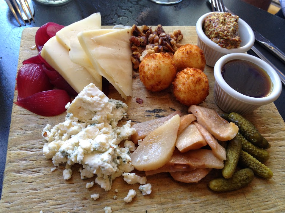 Cheese plate appetizer Matt Murphy's