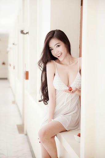 Những chân dài khoe nội y nóng bỏng nhất showbiz Việt