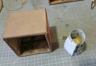 Cajita con metro de costura