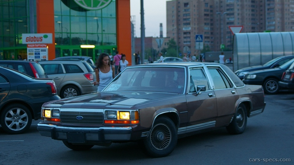Ltd Crown Victoria Sedan on 2000 Ford Crown Victoria Transmission
