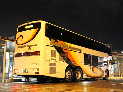 四国高速バス「ハローブリッジ号」・386 リア(H24.02.18撮影)