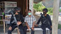 Patroli Sambang Desa, Brimob Polda Aceh Himbau Warga Untuk Vaksin