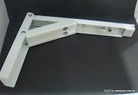 裝潢五金品名:重型活動三角架規格:1尺/1尺2/1.5尺/2尺材質:鐵電鍍載重:60KG顏色:白色功能:可支撐層板或作桌面延伸用玖品五金