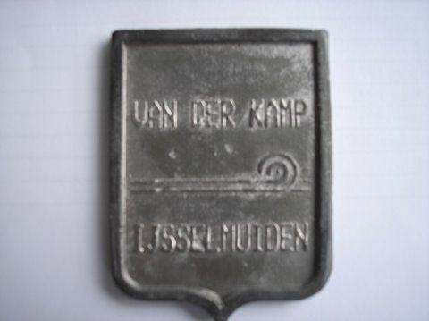 Naam: v/d KampPlaats: IJsselmuidenJaartal: 2000