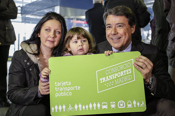 Los niños de menos de 7 años viajarán gratis en el transporte público desde marzo