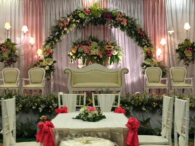 Royal wedding yogyakarta wedding project 2015 wedding project 2015 centerpoint gala dinner decoration junglespirit Choice Image