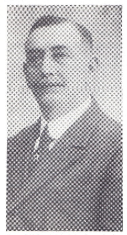 D. Joaquin Cabo Paez. De la web Historia del automobil en Malaga.jpg