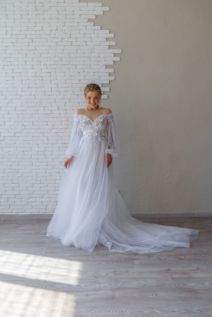 wedding dresses-bridal fashion-wedding style- NatalyBridalBoutique-KMich Weddings-Philadelphia
