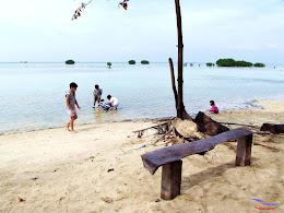 family trip pulau pari 140716 Fuji 002