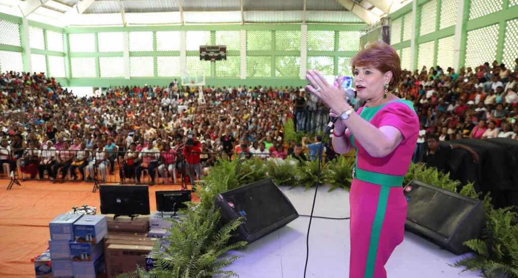 Lucía Medina dice agotó ciclo como diputada y ahora irá por senaduría de San Juan