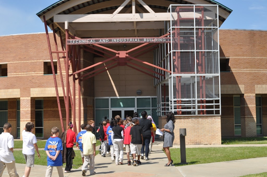 Camden Fairview 4th Grade Class Visit - DSC_0092.JPG