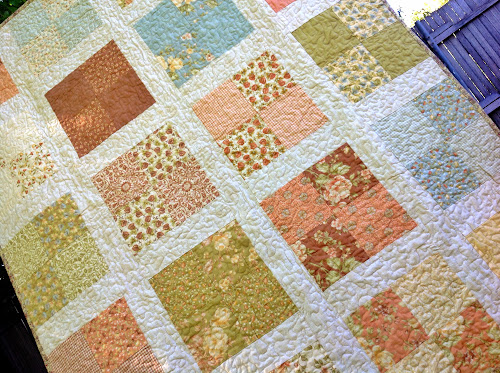 Romantic floral lap quilt free pattern: easy pattern for beginners Sewn Up