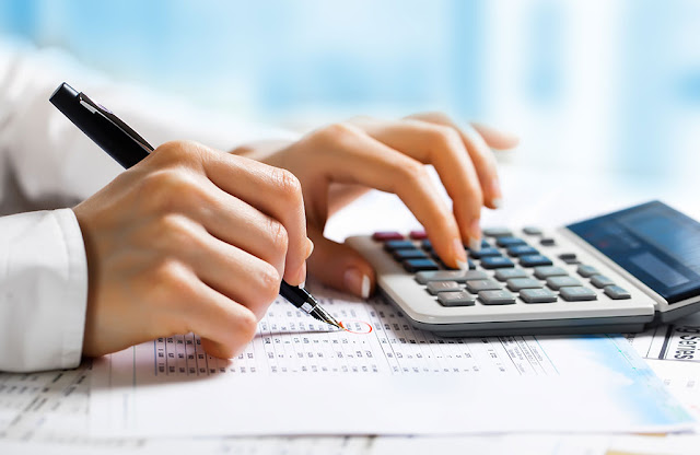 Differences Between Book Keeping and Accounting