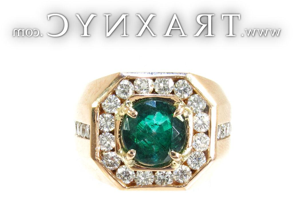 wedding ring with emerald