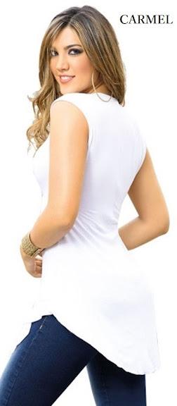 Blusa de espalda con dobles de tela y cola de pato