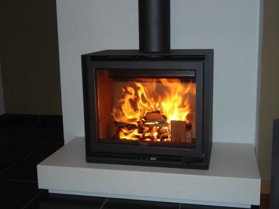 produits espace feu foyers inserts feux ouverts po les mixtes tubage de chemin e inox. Black Bedroom Furniture Sets. Home Design Ideas