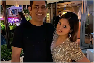 sakshi-dhoni-shares-a-13-year-old-throwback-photo-with-ms-dhoni