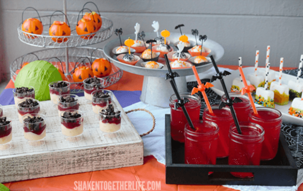 frightfully-festive-Halloween-dessert-bar-featured