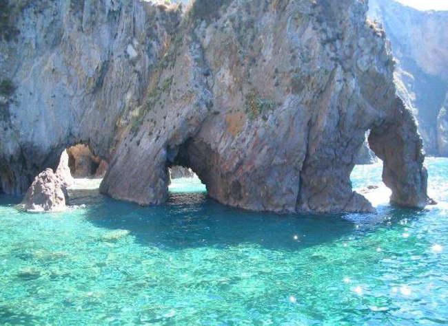 paisajes de la isla Ponza en Italia