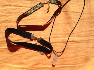 necklaces chokers