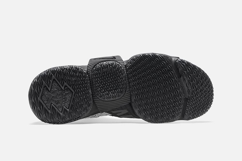 8309d1ca0b1f0 ... Detailed Look at KITH X Nike LeBron 15 Lifestyle Concrete