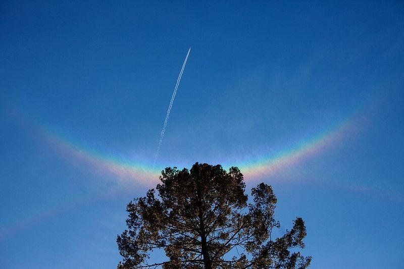 Você já viu um arco circunzenital ou arco-íris invertido?