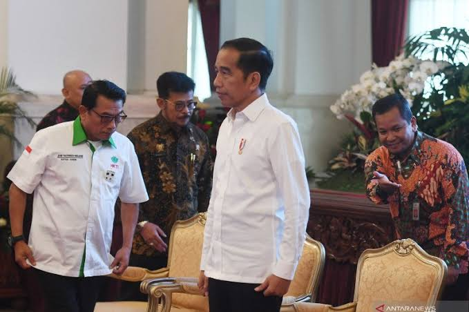 Menhub BKS Positif Corona, Presiden Jokowi Perintahkan Menkes Lacak Pejabat Lain