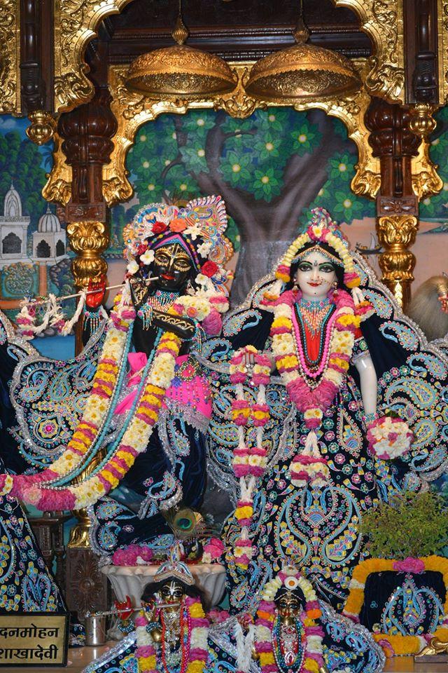 ISKCON Ujjain Deity Darshan 05 April 2016  (16)