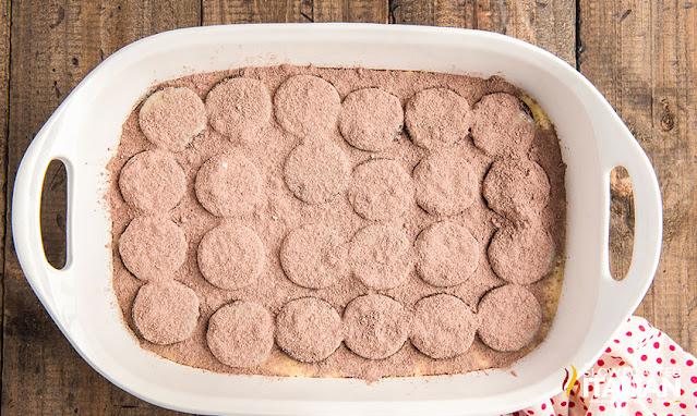 Pudding mix on milk and oreos