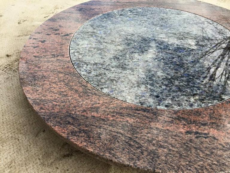 Runde couchtischplatte naturstein multicolor red intarsie for Tischplatte rund marmor