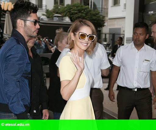 Hình 9:   Cheryl nổi bật ở LHP Cannes