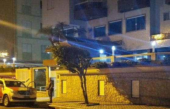 Em São Paulo, mãe joga filho recém-nascido do 2° andar de prédio