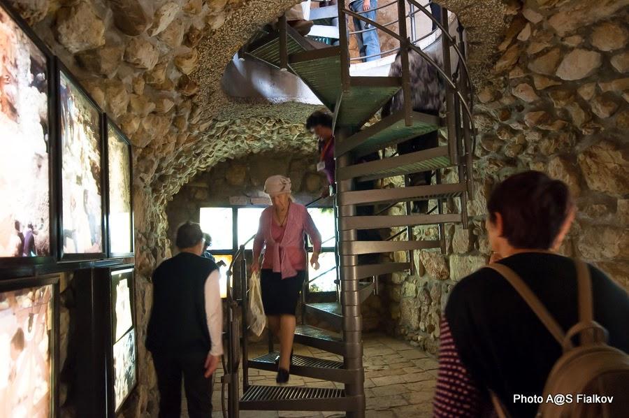 Спуск в подземелье города Давида к источнику Гихон. Экскурсия в городе Давида Светланы Фиалковой.