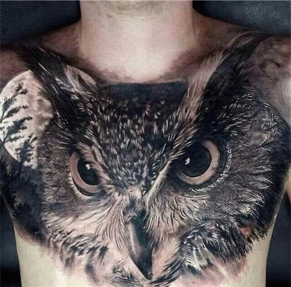 coruja_tatuagem_no_peito