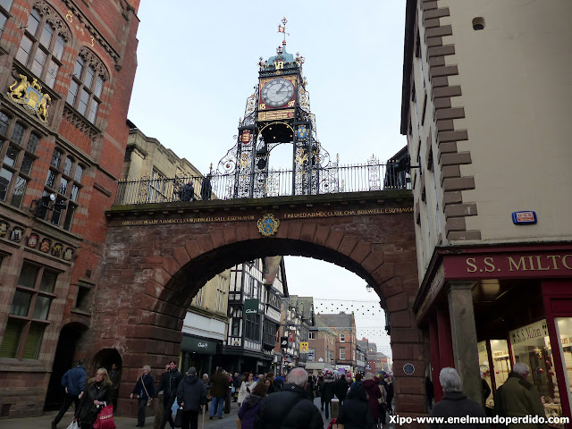 eastgate-clock-chester.JPG