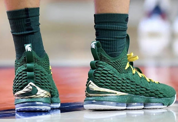 Nike LeBron 15 Michigan State Spartans PE