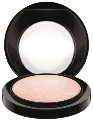 MAC_FutureMac2_MineralizeSkinfinish_WarnRose_300